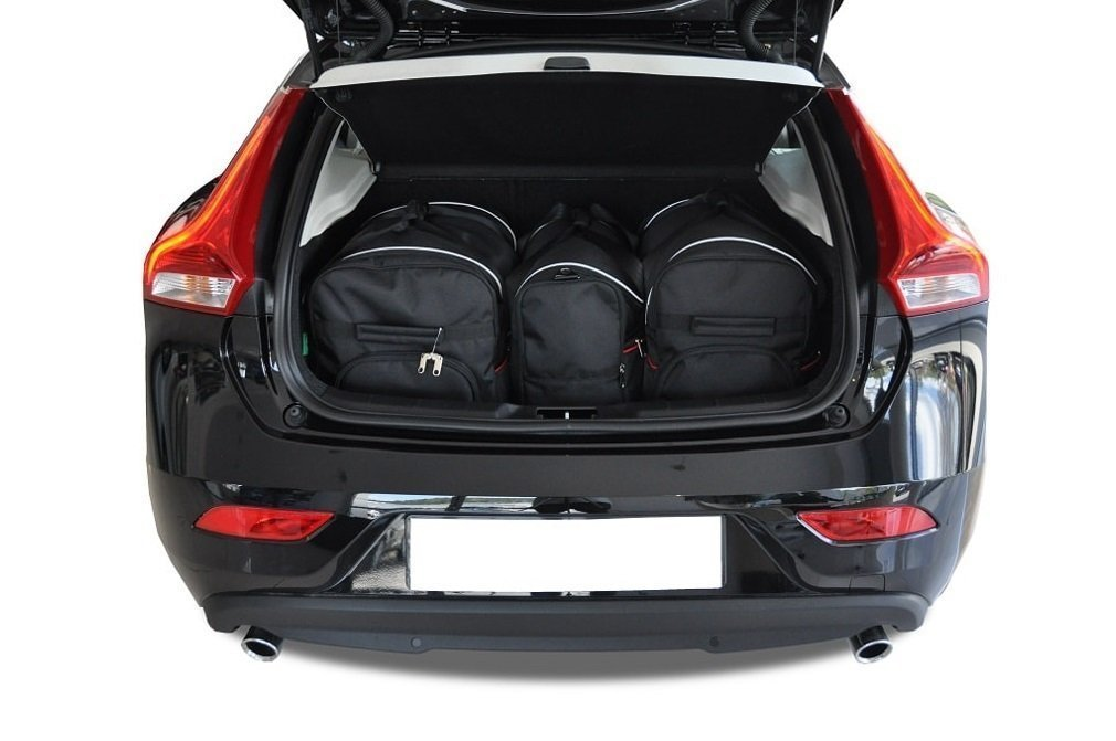 Bmw X Review In Austria also  additionally Audirsq P also Eng Pl Volvo V Cross Country Car Bags Set Pcs moreover Epace Boot. on bmw x1 trunk space